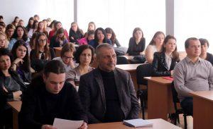На студентській конференції філфаку презентували брендбук факультету