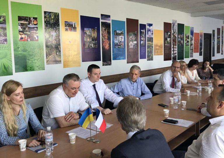 Керівництво та викладачі УжНУ спілкуються з чеською делегацією
