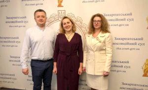 Актуальні питання українського ділового мовлення обговорювали в Закарпатському апеляційному суді
